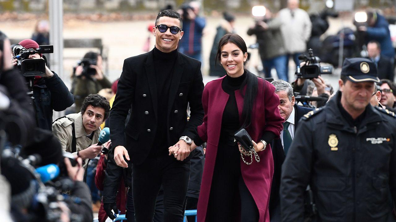 Cristiano Ronaldo condenado a 23 meses de cárcel y 19 millones de multa.«Mi mentalidad en todos los partidos es hacer gol, y si marco uno, hacer otro», afirma el futbolista pucelano