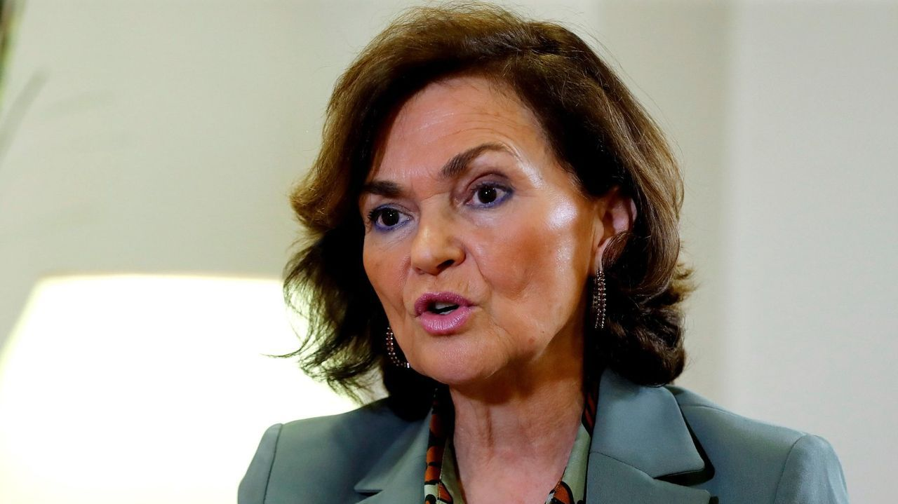 La vicepresidenta Carmen Calvo ha dado positivo en la prueba del coronavirus tras ser ingresada por una infección respiratoria