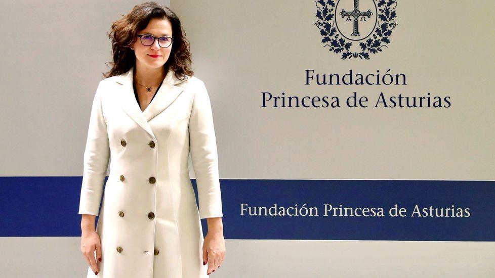 Inauguración de la exposición «Austrias y Borbones: retratos de príncipes y princesas de Asturias, y reyes de España».La alcaldesa de Gdansk