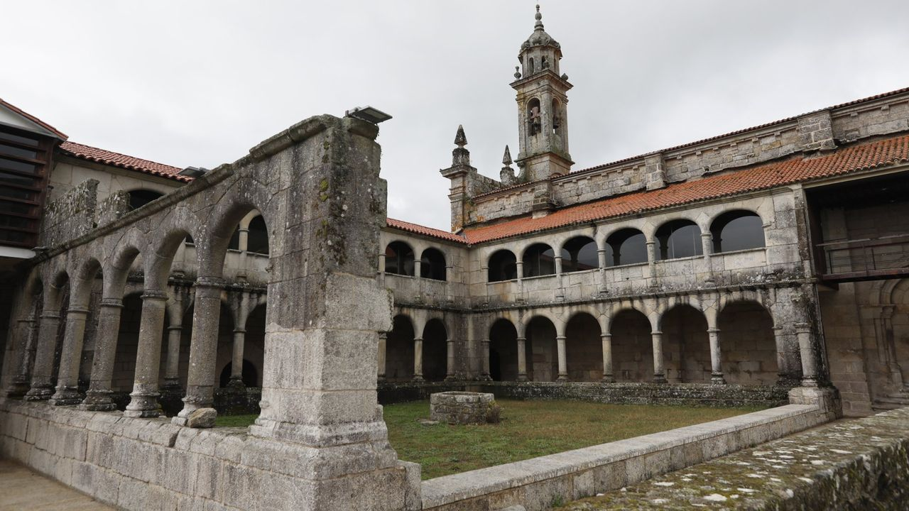O legado dos mosteiros na provincia.Vista del complejo de Sargadelos desde el interior de la casa.