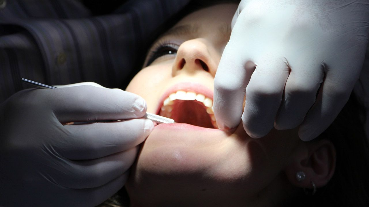dentista.Capacidad de empleos que se pueden dedicar al teletrabajo