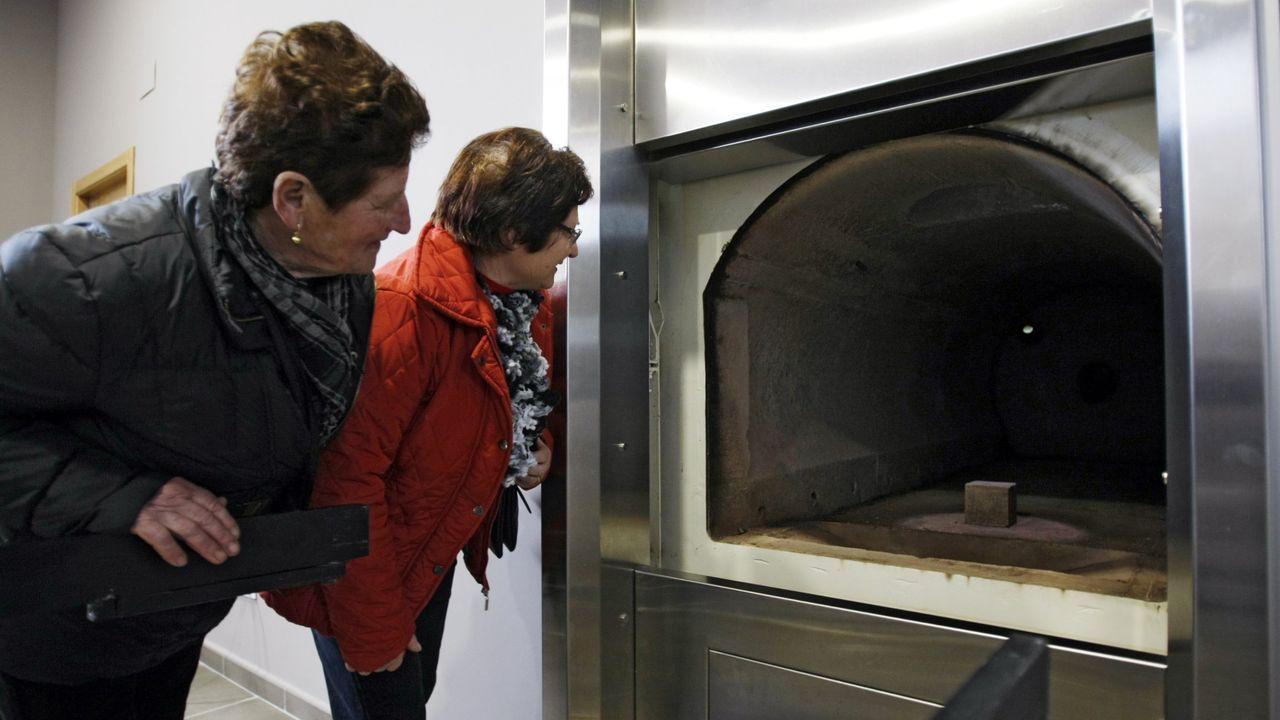 El horno crematorio de Vigo fue el primero en toda Galicia, hoy en día estas cámaras son un elemento indispensable en los tanatorios de toda la comunidad.