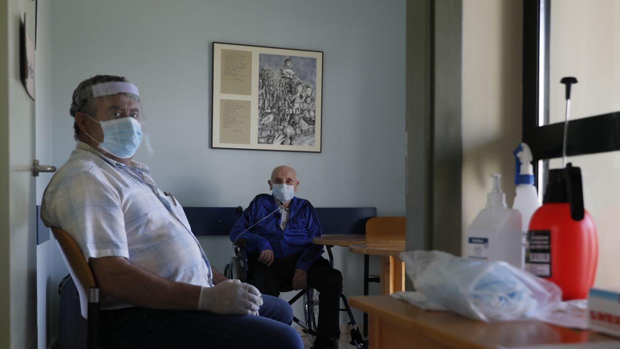 Feijoo en Os Peares, arranca la campaña electoral.José Manuel Rodríguez e Germán Crespo non se vían dende marzo