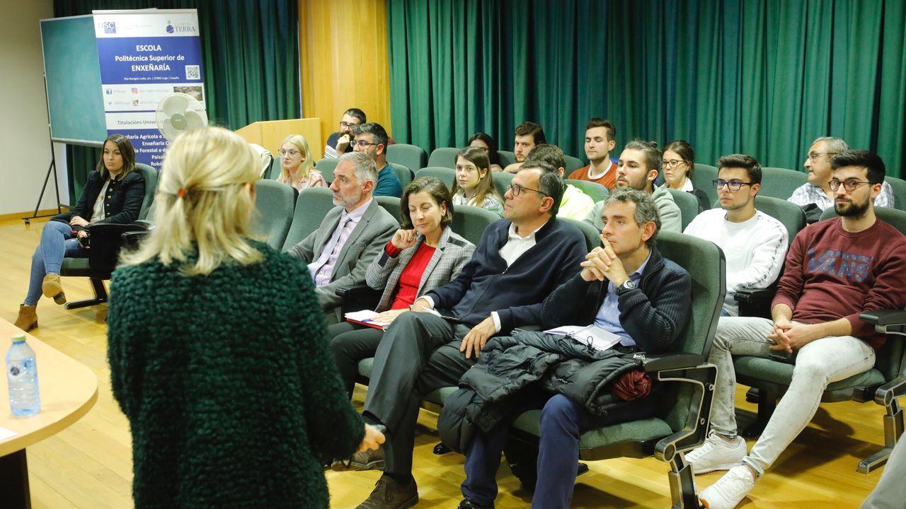 Panel informativo de la Bolsa de Madrid con la evolución del Ibex