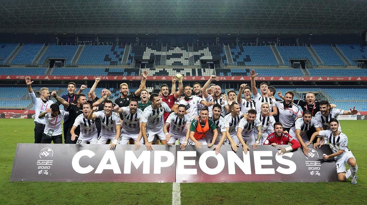 El Castellón celebra el ascenso a Segunda División