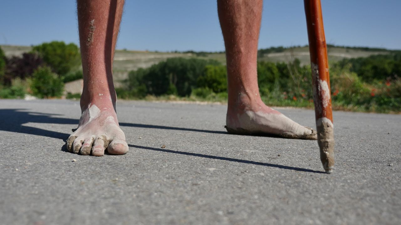 La ruta de los pies descalzos
