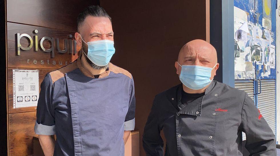 Andrés Li Cavoli y Marcos González son los chefs del restaurante Piquiño de O Barco