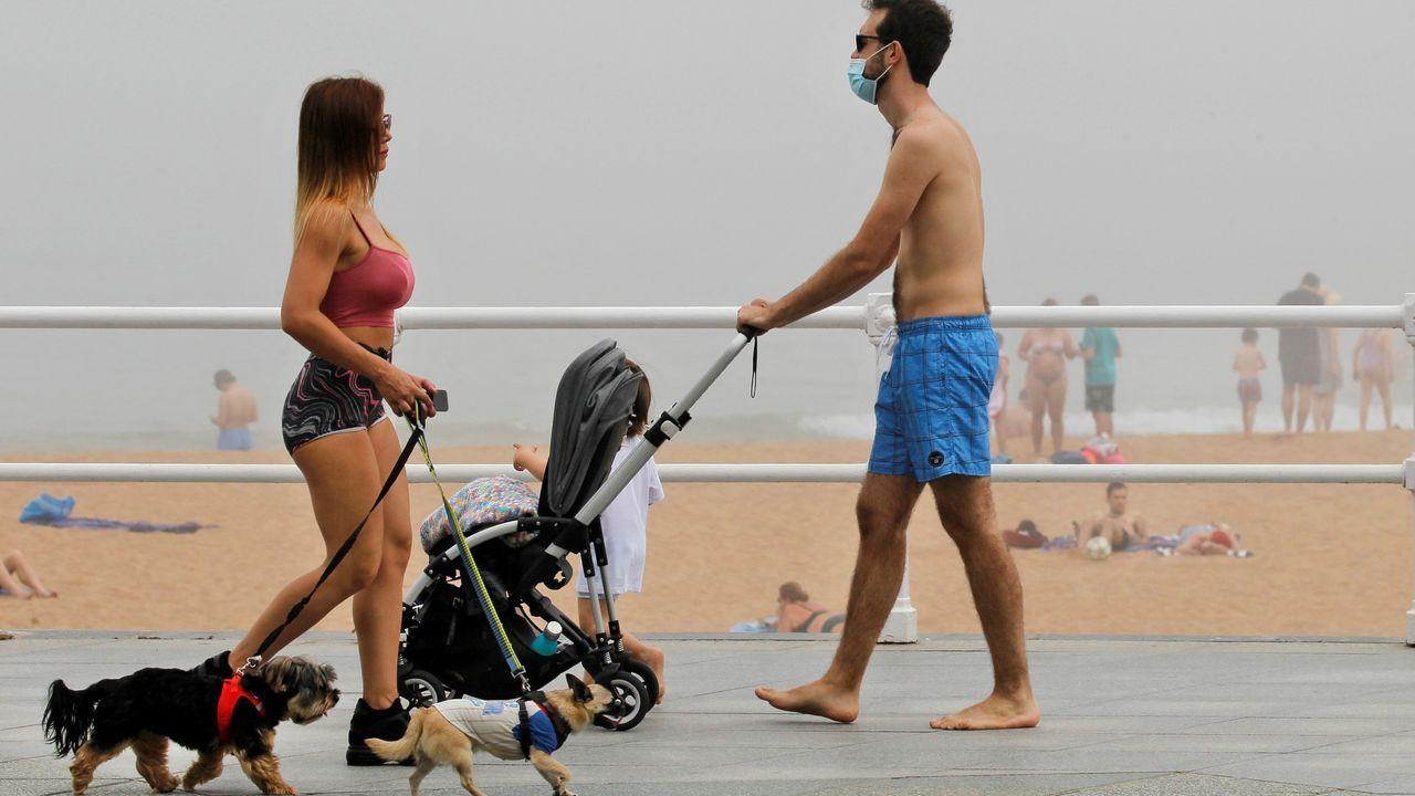 Así lucen las playas asturianas el primer fin de semana playero del año