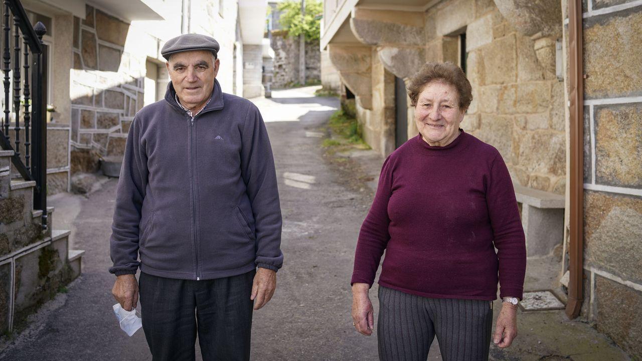 Argimiro Marnotes dimite como concejal del PP en O Carballiño.El paso fronterizo de Ponte Barxas, en el concello ourensano de Padrenda, amaneció sin obstáculos