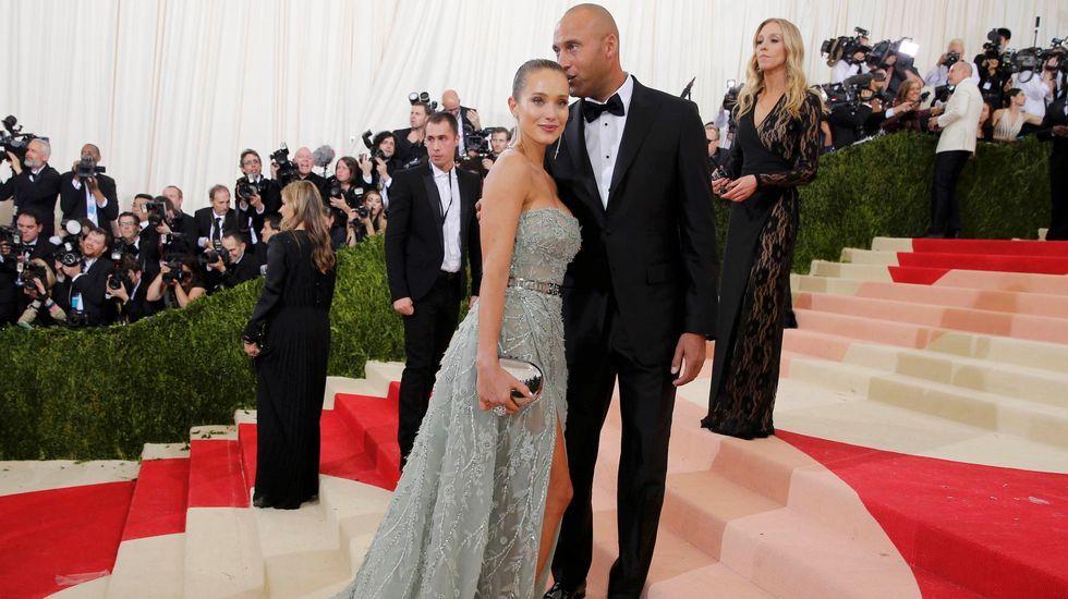El deportista Derek Jeter y la model Hannah Davis.