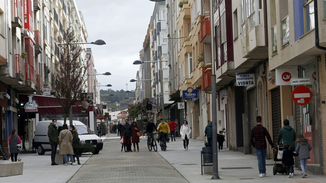Imagen de la calle peatonal de Boiro