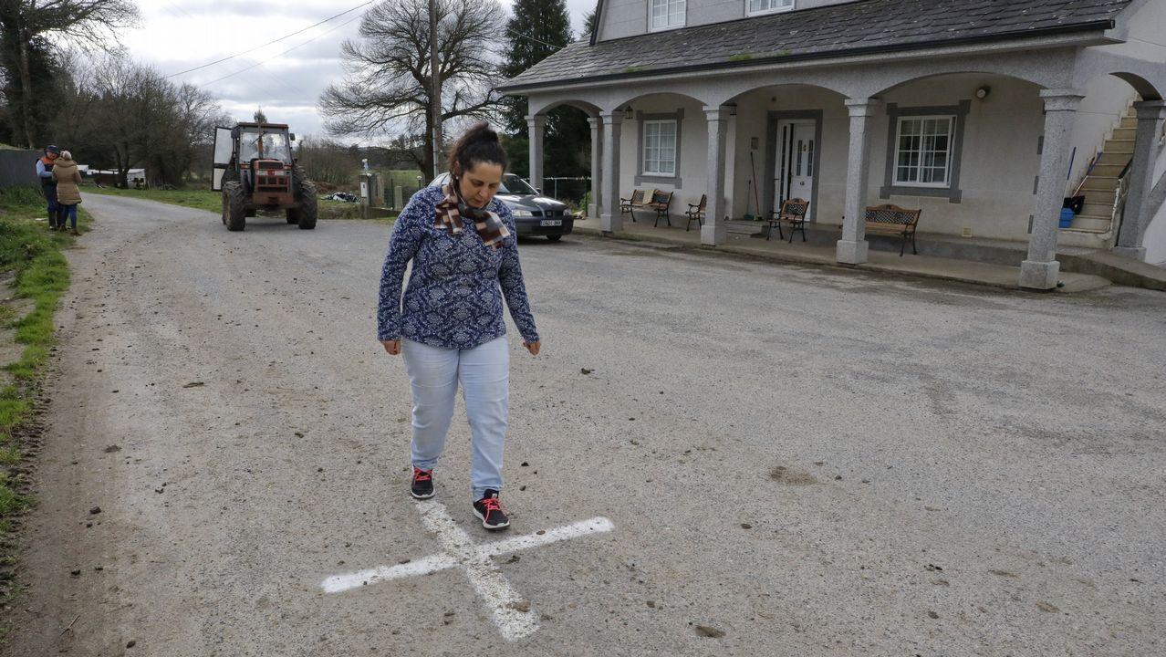 El cadáver fue sacado de la casa tras un operativo de varias horas