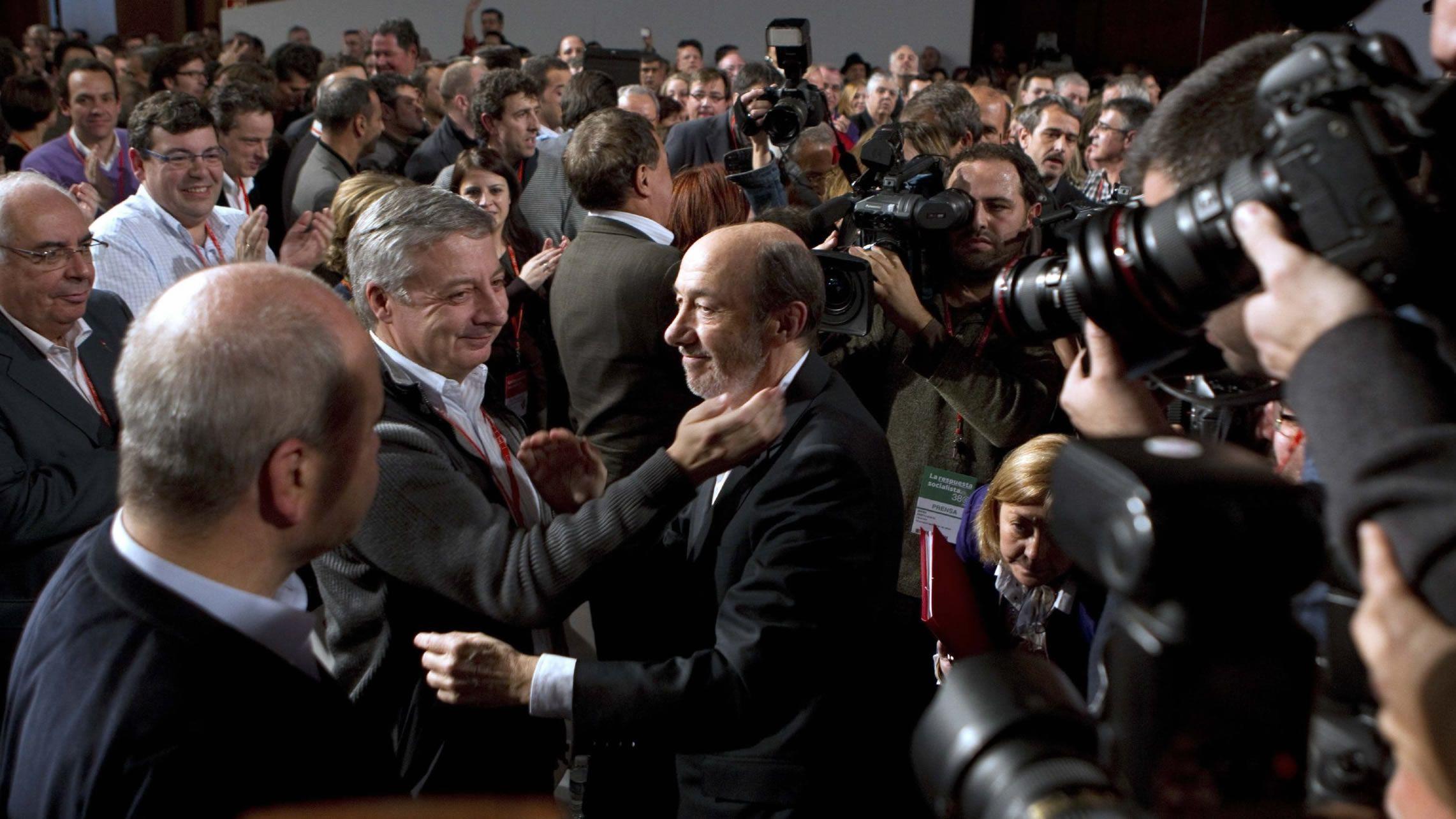 Tras su victoria frente a Chacón como secretario general del PSOE en el 2012