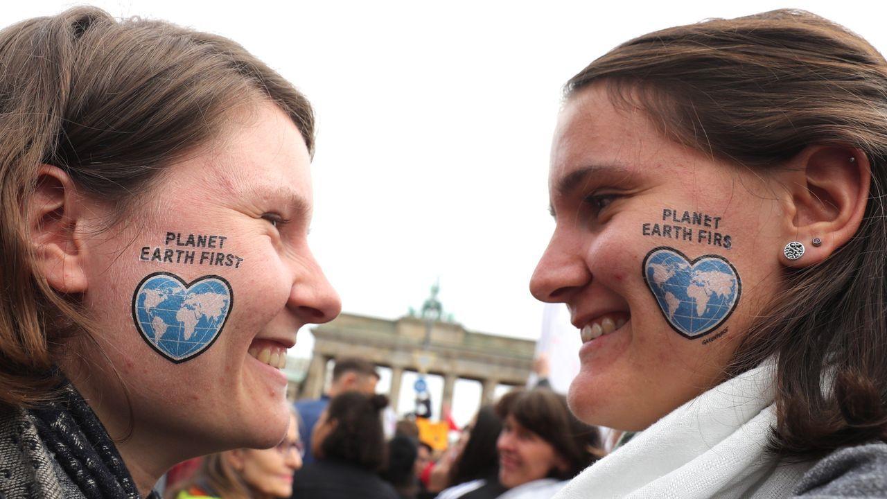 Dos activistas en Berlín